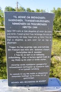 Tana Rustifjelbma minnesmerke4