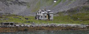 Måsøy rester av et hjem1